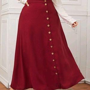 ✨ Bundle 3 for $30✨ Plus Size Maxi Skirt